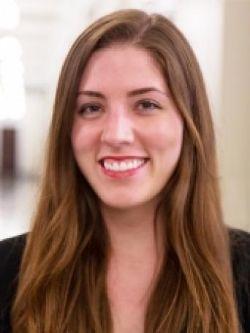 Jenna Brayton headshot