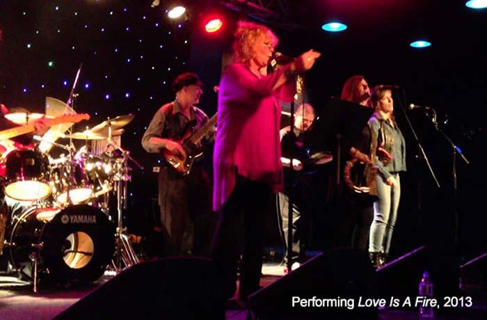 Genya Ravan performs Love Is A Fire