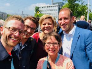 Matti, Hannes, Ulla und Leo mit Projektleiterin Nina Schneider