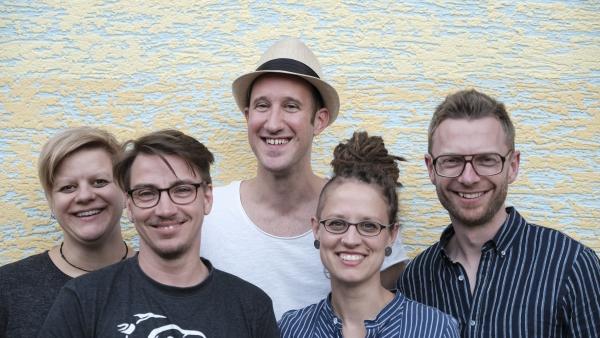 Gruppenbild Vorstand Regenbogenhaus