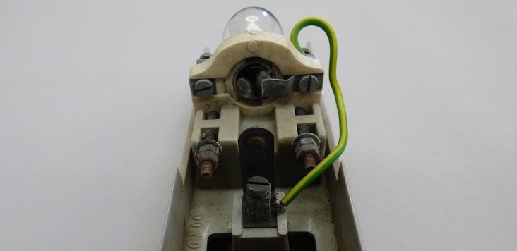 Broken Nav Light Connection