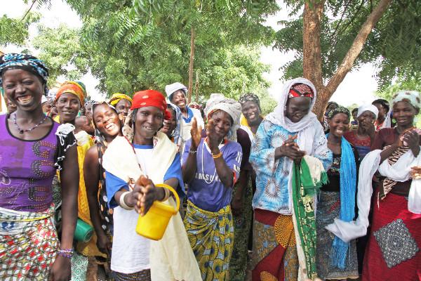 L'impegno per la salute di dieci donne