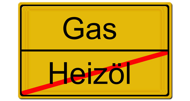 Ortseingangsschild: Gas / Heizöl