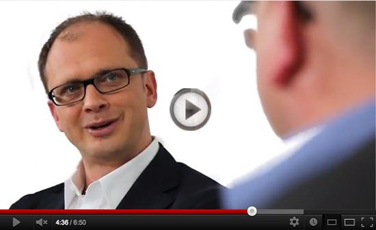 Für Maschinenbauer ein interessantes Interview: Online-Vertrieb- und Marketingchancen. Augen auf und zugeschaut!