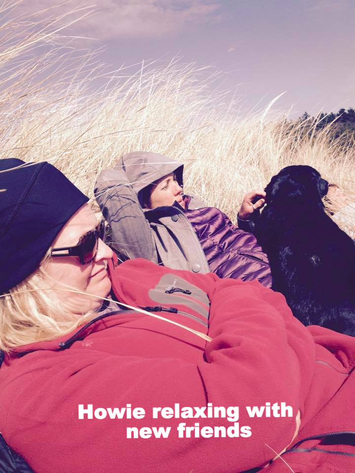howie relaxing with friends