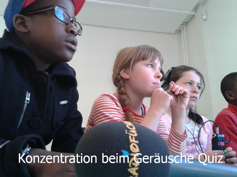 Im Studio bei FSK: Radiokurs Grundschule Thadenstraße