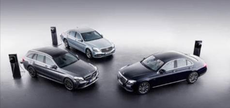 Mercedes-Benz presenta una versión de preserie del Diesel con propulsión híbrida enchufable.