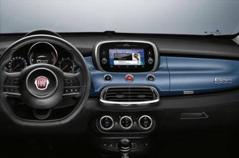 Las gamas Fiat 500, 500X y 500L reciben un nuevo nivel de equipamiento denominado Mirror, con un nuevo sistema multimedia compatible con Android Auto y Apple CarPlay.