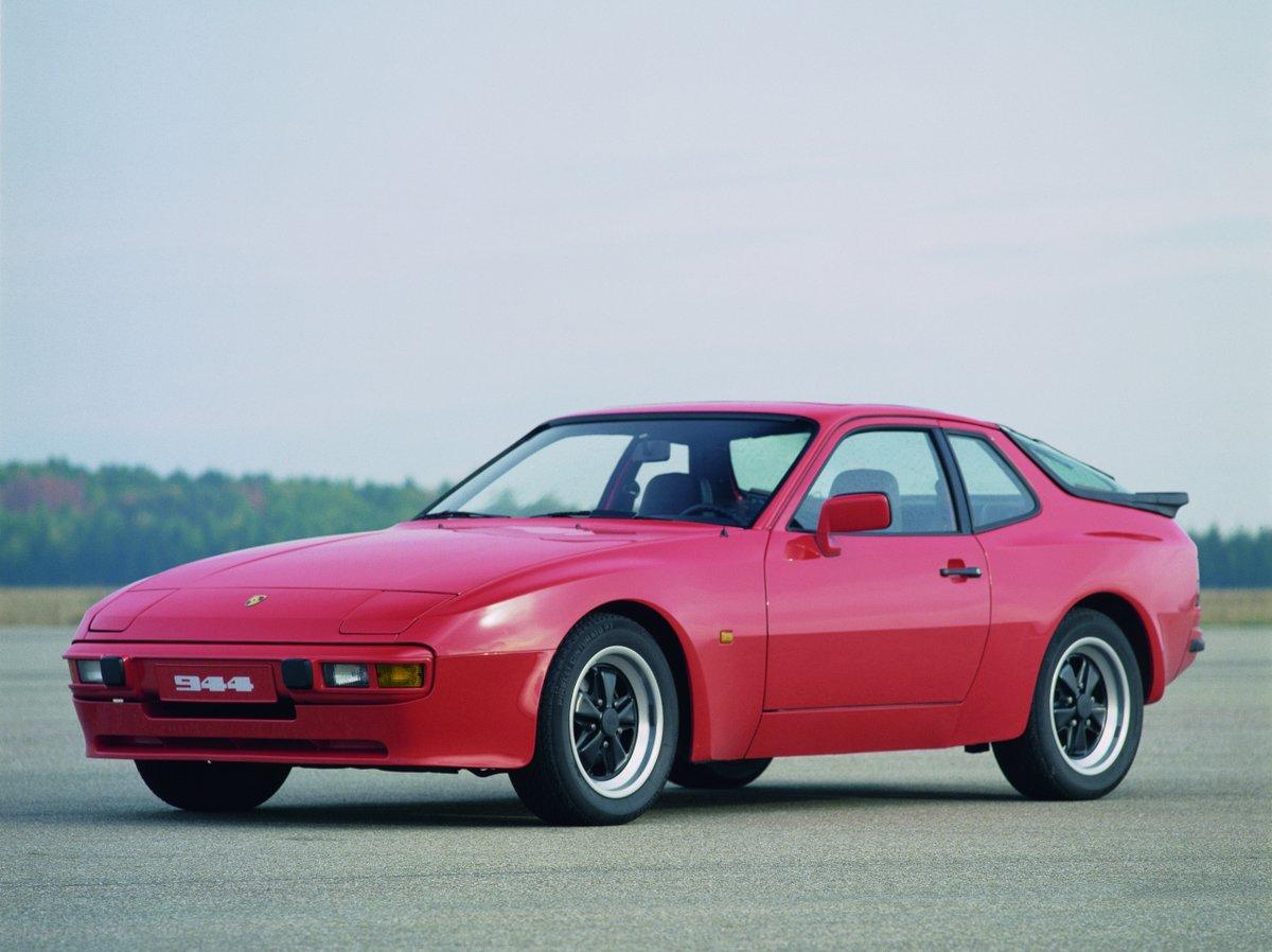 Imágenes oficiales del Porsche 944, que estuvo a la venta desde 1982 hasta 1991.