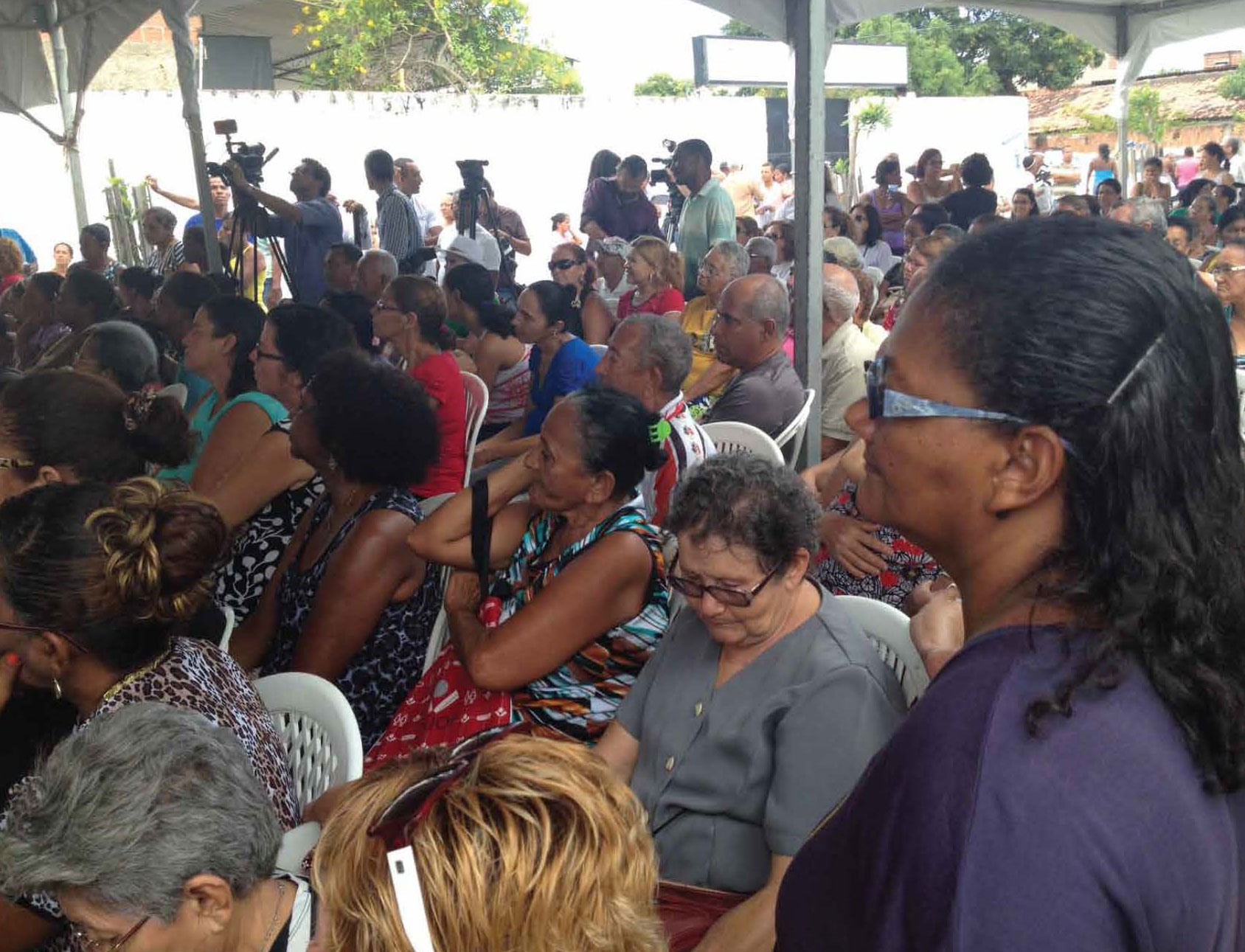 Women in Ponto do Maduro, Brazil