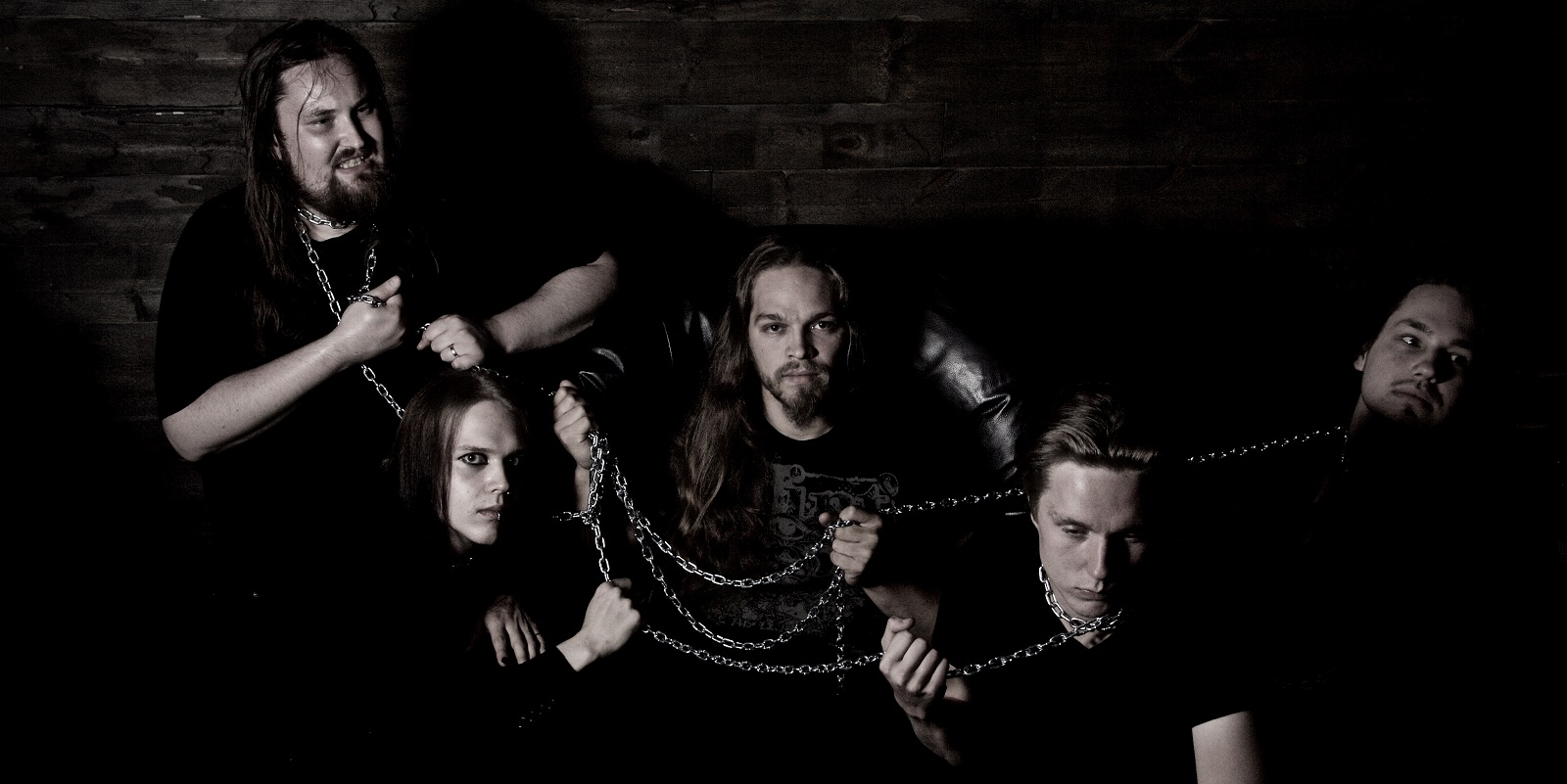 Scars Of Solitude released a new single from their upcoming debut album!