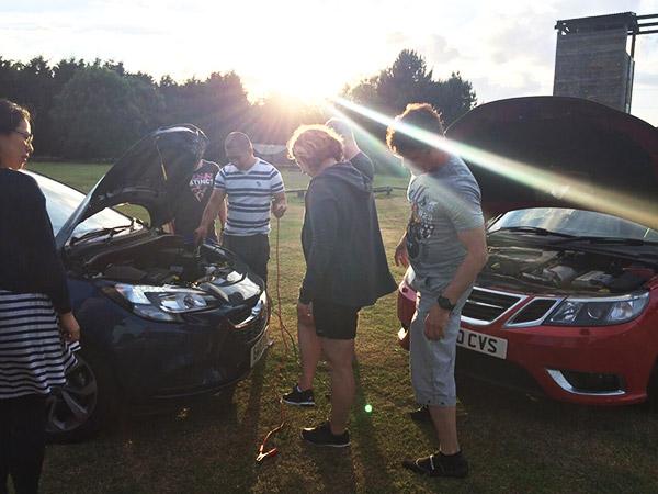 Redmunds' car breaks down