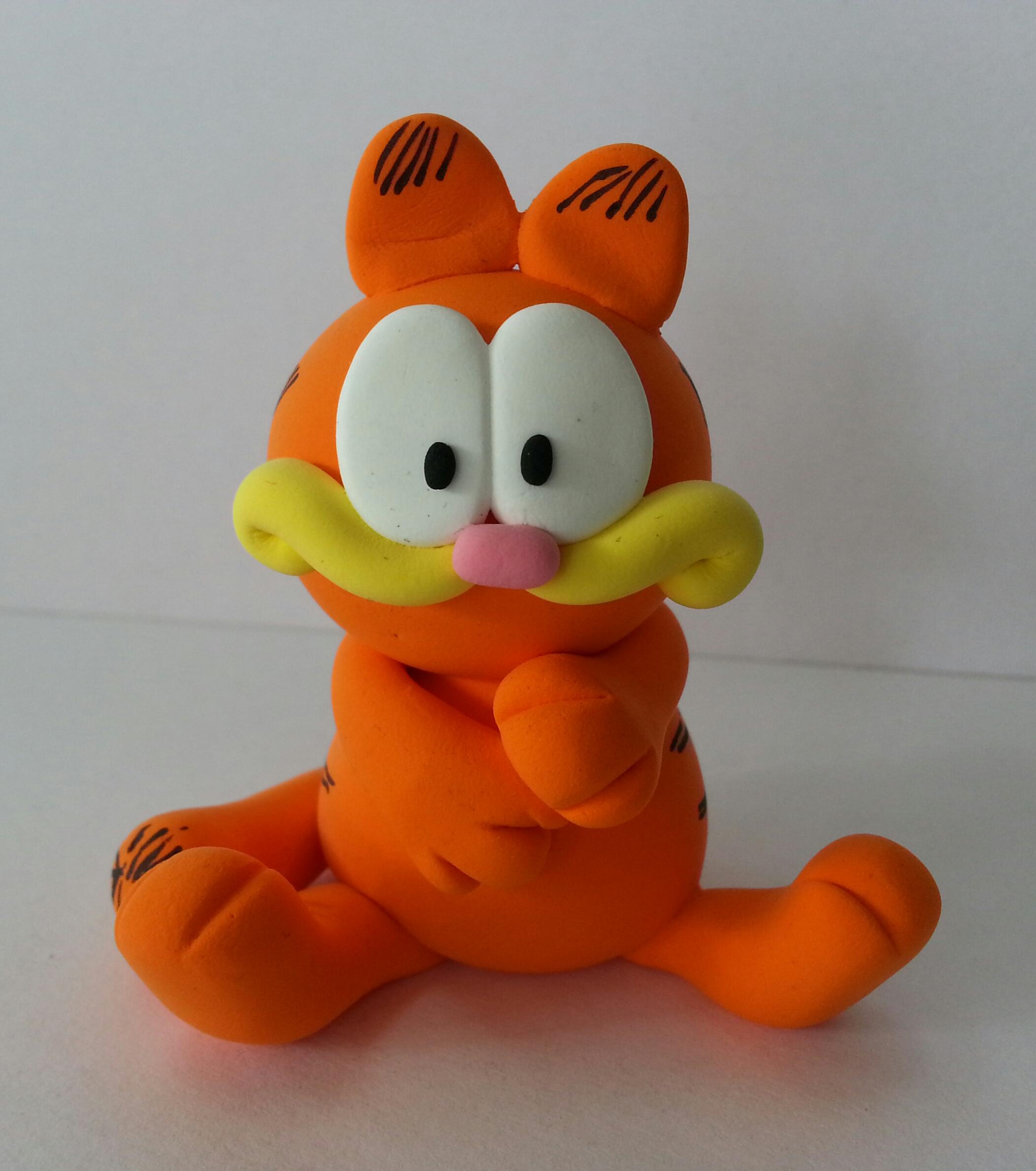Figura Garfield amb Jumpingclay