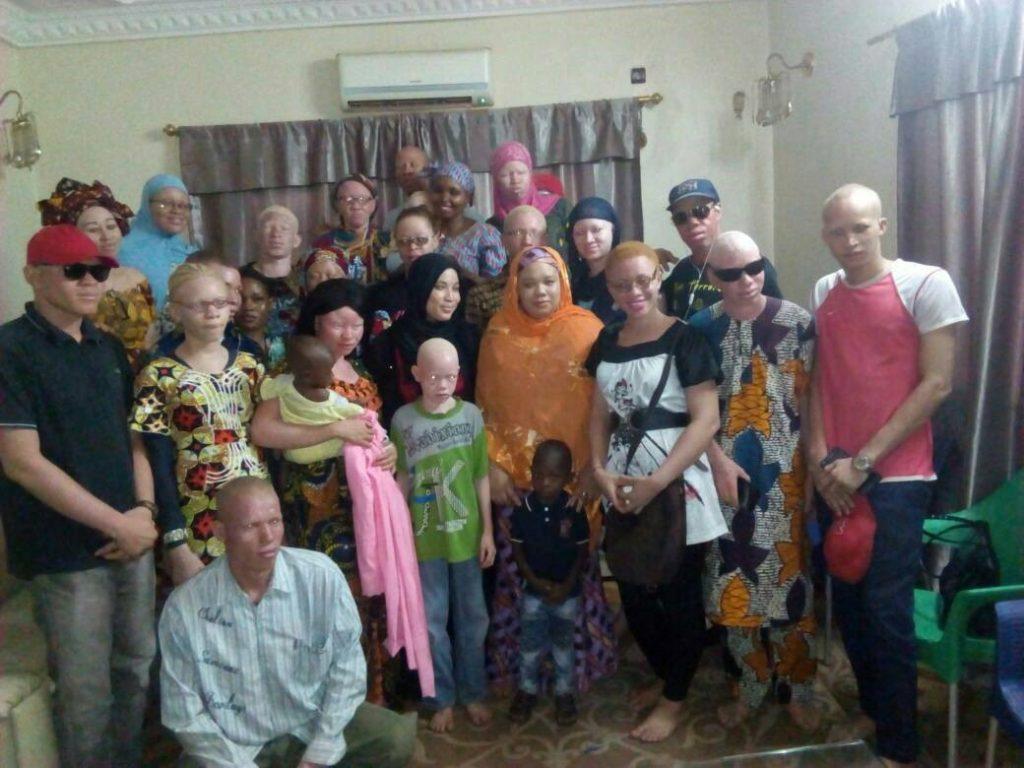 Group photo of Albino Malians