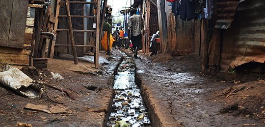 Refugees arriving in informal settlements, such as this one in Kibera, Nairobi, Kenya, face even more challenges than existing habitatants to access to services, such as language barriers
