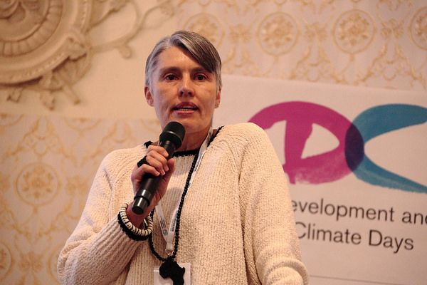 Debra Roberts makes a powerful presentation in the opening session of the 2018 Development & Climate Days (Photo: Alex Wynter/Red Cross Red Crescent Climate Centre)