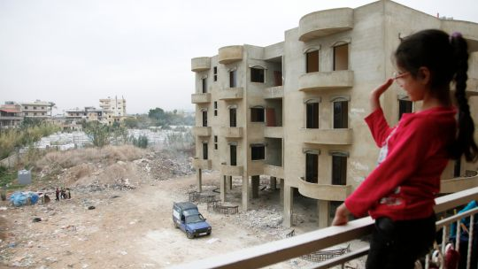 Coping with forced displacement: lessons from cities
