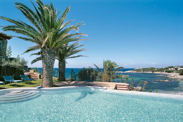 Villa HII FEN, Sardinia