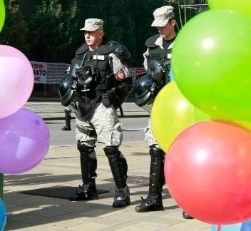 Police in riot gear protect Belgrade Pride