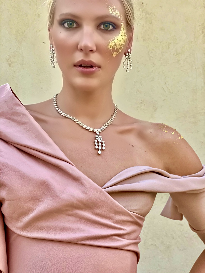 Emirati Collection Launch Diamond Necklace Earrings Jewellery