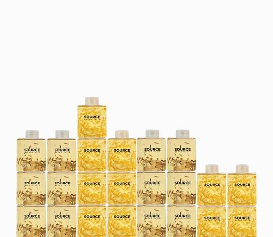 Vier Haartypen, von denen jeder von spezifischen Produkten profitiert, die ausdrücklich entworfen wurden, um jeden Bedarf zu erfüllen: 1 Shampoo + 1 Behandlung = NATÜRLICHE PFLEGE, PROFESSIONELLES ERGEBNIS FÜR: - NORMALES HAAR - TROCKENES HAAR GEFÄRBTES HAAR EMPFINDLICHE KOPFHAUT