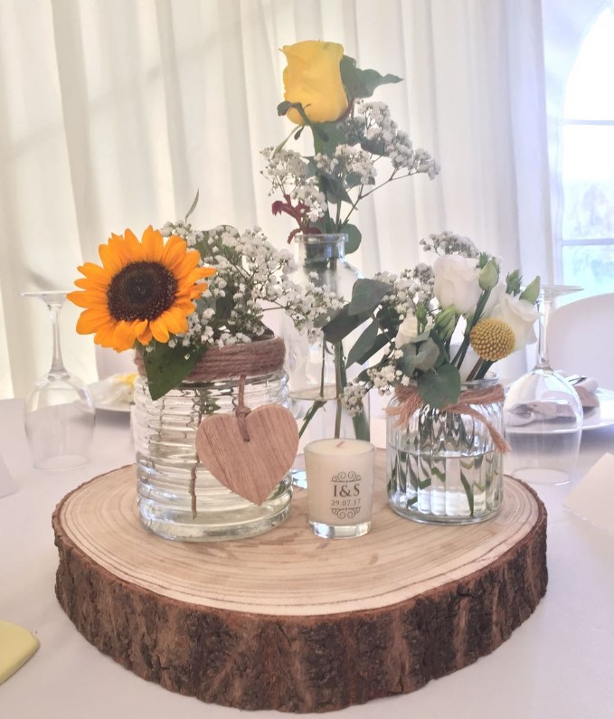 Glass jar table centrepieces