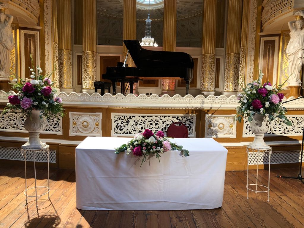 Summer Wedding Flowers at St George's Hall