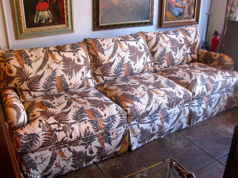 9ft Sofa with Botanical Print