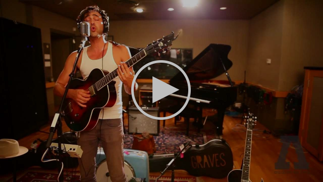 Shakey Graves - Built to Roam - Audiotree Live