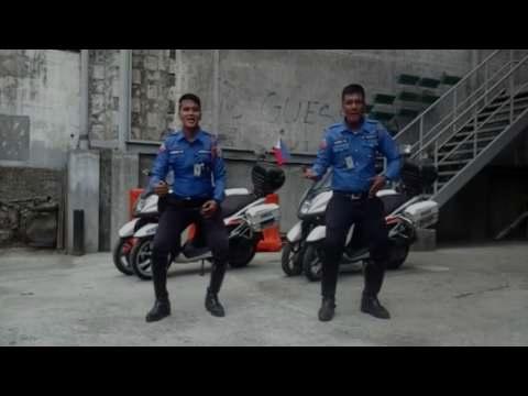 MMDA men dance for Metro Shake Drill #MMShakeDrill