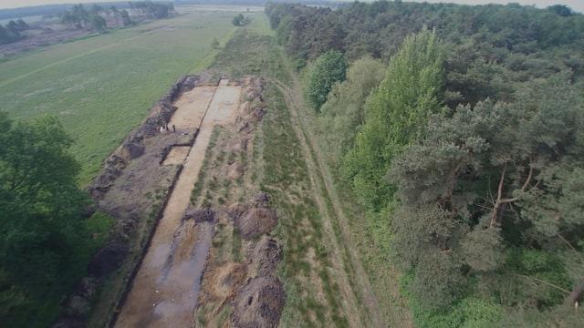 Opgraving raatakkercomplex Westeinde door het Groninger Instituut voor Archeologie (video: Hans Haas)