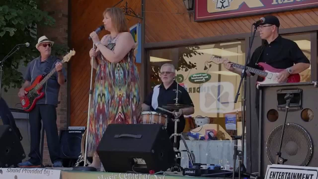 Sabrina Weeks & Swing Cat Bounce at the Enderby Arts Festival 2014