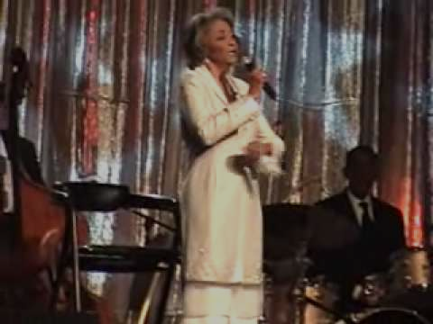 2007 USCA - Palm Springs, CA - Nancy Wilson Concert Footage