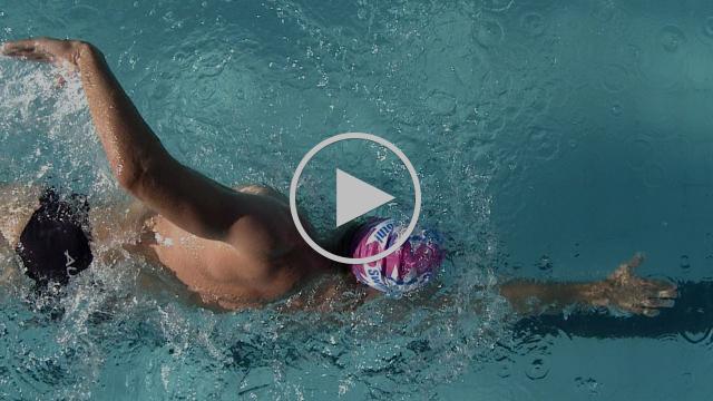 The Smoothest Swimming Technique In The World? Jono Van Hazel