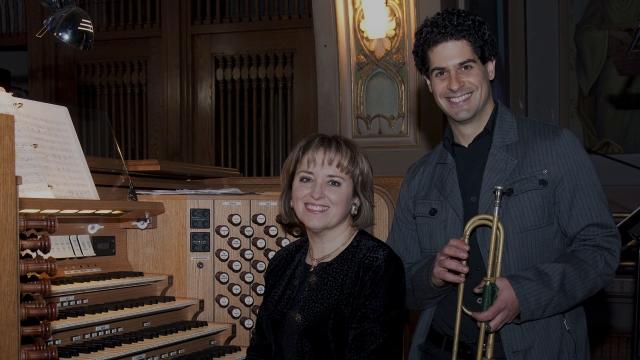 Sonnez grandes orgues et trompettes