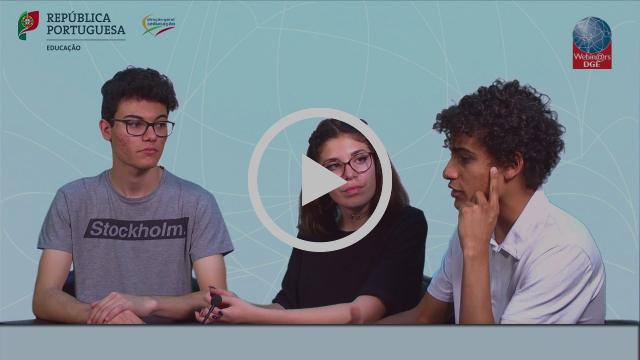 À conversa com alunos sobre o Plano Nacional de Cinema