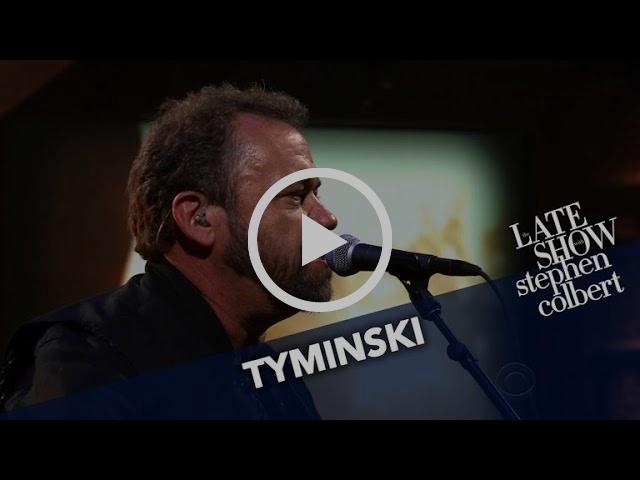 Tyminski Performs 'Southern Gothic'